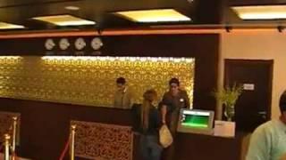 Gloria Hotel Stadthotel Rezeption Dubai Stadthotel günstig www.VIP-Reisen.de