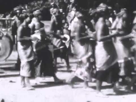 Bali 1928, vol. IV - Gamelan Bebonangan (Balaganjur) Procession