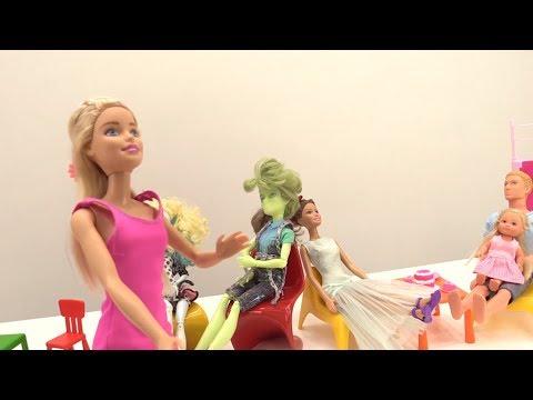 Тушим пожар в кафе у #Барби и Кена 🔥Мультик Барби для девочек