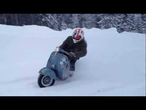 Vespa 150 (1962) winter fun driving Norway (iPhone-cam)