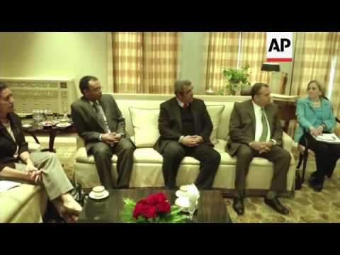 US Secretary of State Kerry meets NGO representatives in Cairo