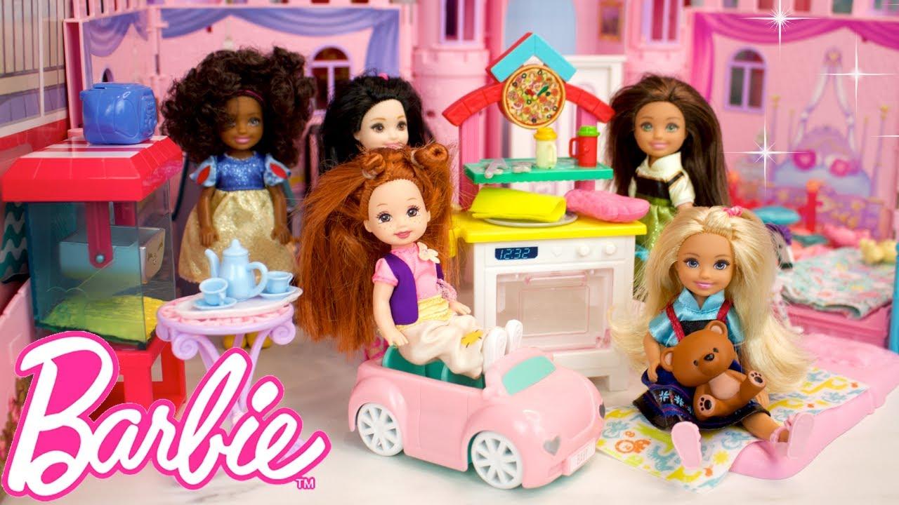 Muñecas Bebes Barbie tienen una Pijamada - Los Juguetes de Titi