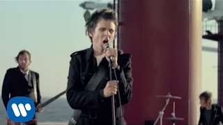 Repeat youtube video Muse - Starlight [Official Music Video]