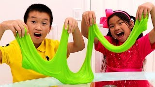 Download Emma & Andrew Pretend Play Making Colorful Satisfying Slime Mp3 and Videos