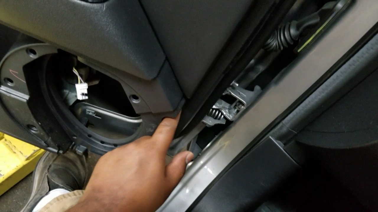 2016 Jeep Patriot Door Panel And Switch Replacement