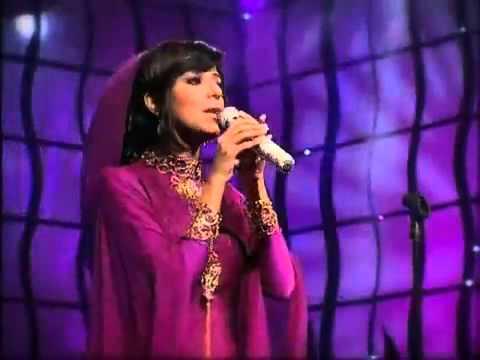 Saudi Arabian Female Singer Bint Salem- الحان بنت سالم كل يوم