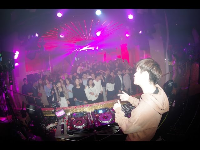 HiRAPARK & Rave Republic @ ELE TOKYO