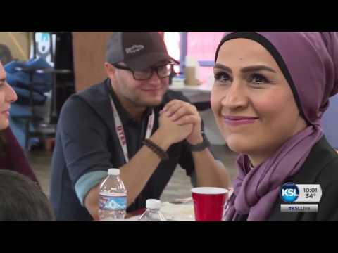 Utah Syrian refugees give thanks as they experience American holiday