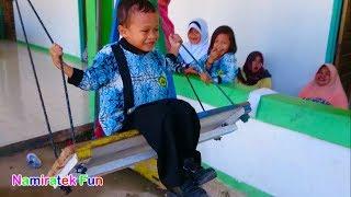 Hari Masuk Sekolah bermain bersama mainan anak Taman Kanak Balita Lucu Playgroup Kids