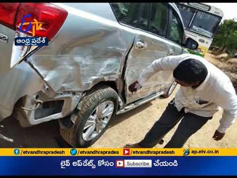 Minister Kalva Srinivasulu Narrow Escape   From Road Accident