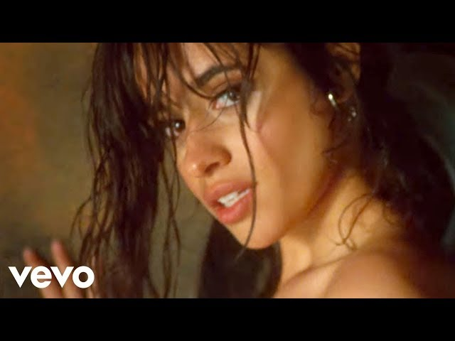 Camila Cabello derrocha sensualidad en el vídeo de Never Be the Same