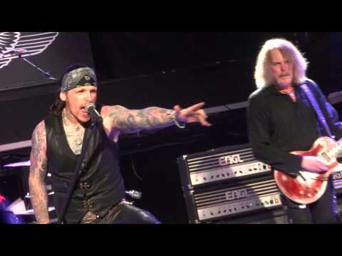 Cowboy Song /The Boys Are Back In Town - Black Star Riders, Dublin (1080p)