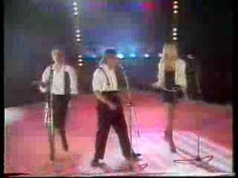 Bucks Fizz  New Beginning Cheryl, Mike & Shelley