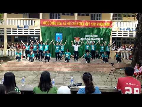Flashmob tình yêu tuổi học trò 12CD1 THPT NGUYỄN HUỆ, phú yên
