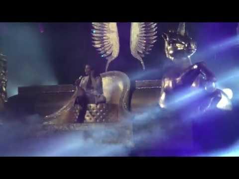 Right Thru Me - Nicki Minaj Live in Brazil São Paulo at Tidal Vivo Event Credicard Hall