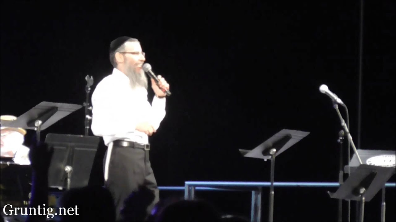Avraham Fried Sings Geulah  Medley at Central Park Summer Stage