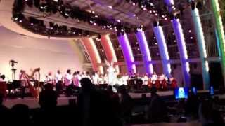 Bugs bunny live with the Los Angeles philharmonic orchestra at the Hollywood bowl