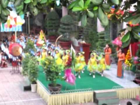 Trường TH Nguyễn Văn Banh khai giảng năm học 2015-2016.