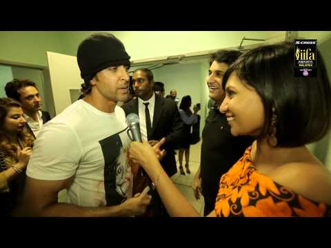 Backstage  at IIFA Awards 2015 with Hrithik Roshan