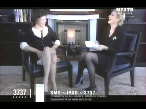 Milla Jovovich  in Cinemanya with Renata Litvinova   with subtitles