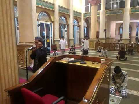 Adzan Subuh Muadzin Masjid Ash-Shoobiriin Rungkut Surabaya. ~ Ustadz Rian