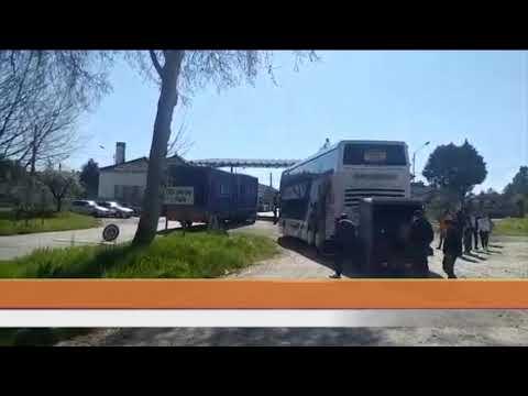 CORONAVIRUS   Un autobús con 50 portugueses está retenido en la frontera de Feces de Abaixo