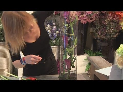 How To Arrange Calla Lilies In A Vase Youtube