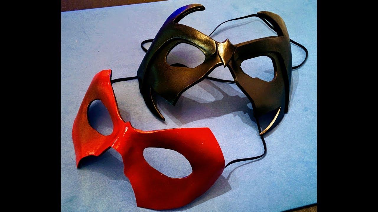DIY Nightwing mask - YouTube