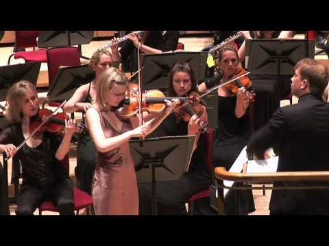 Alina Ibragimova performs Saint-Saëns' Violin Concerto No. 3
