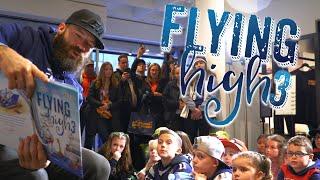 Gambar cover Julian Edelman reads 'Flying High 3' to Saugus Elementary school children
