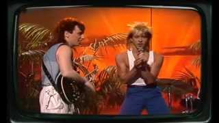 Kajagoogoo - Ooh to be ah 1983 Pick and choose the things you wear ...