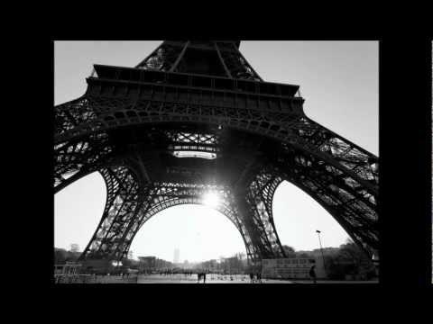 Parigi con le gambe aperte