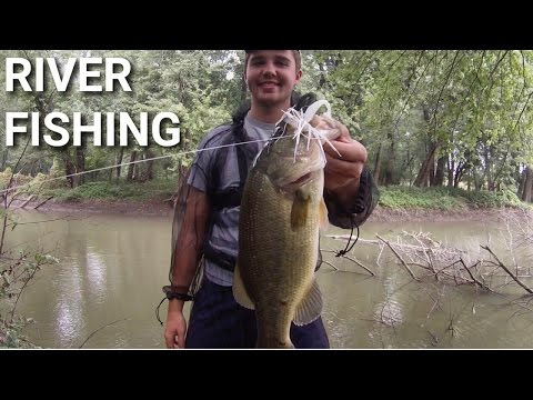 Fall Bass Fishing Illinois River with Swimjigs