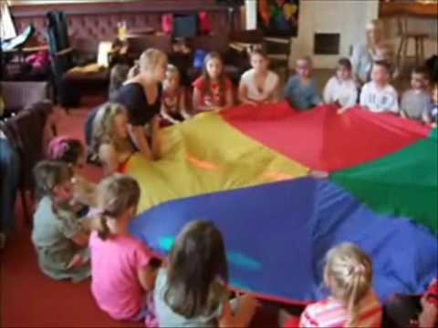 Parachute Game At A Childrens Party Youtube