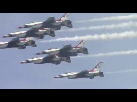 USAF Thunderbids @ Gary Air Show 2015 (with radio comms)