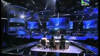 X Factor India - Seema Jha singing Aao Tumhe Chand Pe Le Jaye- X Factor India - Episode 16 - 8th Jul 2011