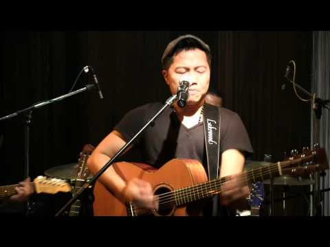 Sandhy Sondoro - Malam Biru @ Mostly Jazz 04/05/12 [HD]