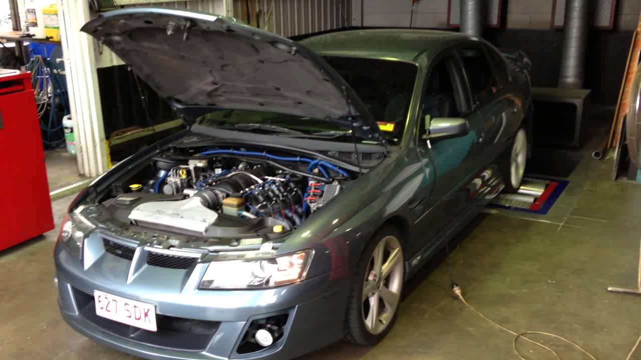 VZ LS2 Clubsport TMS street cam idle and dyno run