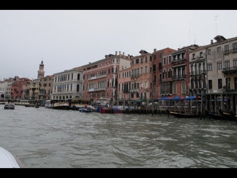 Alan's Italy Show # 70: The 55th Venice Biennale, Palazzo Bembo, Part 1