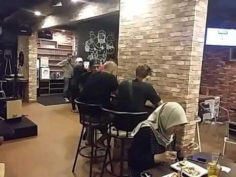 Cafe Mouza Convenience Bogor