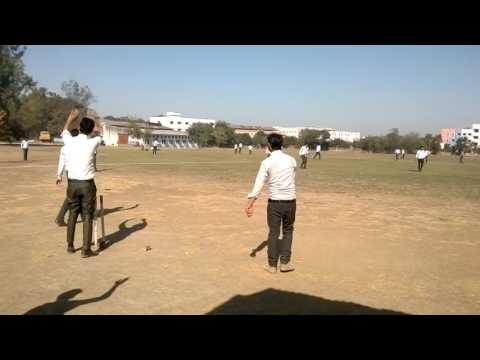 All saint's college of technology Bhopal (civil engineer of batch 2015 playing cricket in ground)