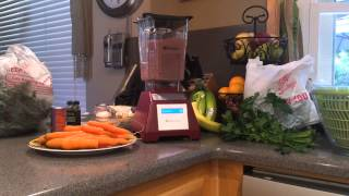 Blendtec - Banana, Berry And Kale Breakfast Smoothie