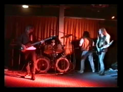 Ray Phillips drums of Budgie – Tredegar – Six Ton Budgie band
