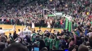 Paul Pierce Hits 3 to End His Final Game at TD GARDEN (Stadium Footage)