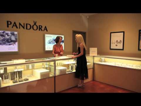 Explore J. Spencer Jewelry & Gifts Utica Square in Tulsa, Oklahoma