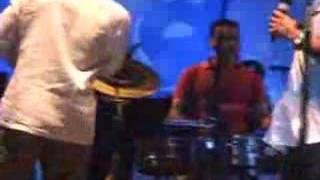 Truco & Zaperoko-A tí na´má-En Vivo en Venezuela