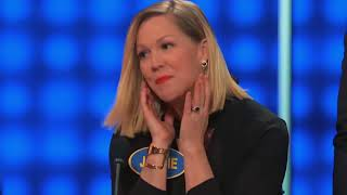 170924019 Jennie Garth Is Stunned By Teen Daughter On Family Feud