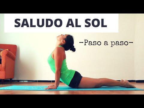 El Saludo al Sol paso a paso. Yoga para principiantes