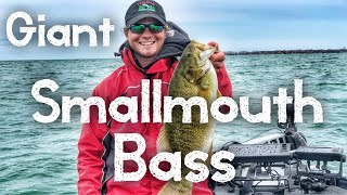 The Search for the Giant Smallmouth Bass - Bass Fishing