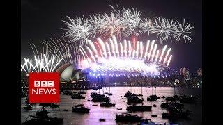 Happy New Year 2018: Các thành phố đầu tiên chào đón năm mới 2018 - Sydney và Auckland
